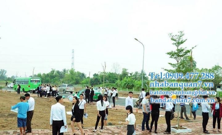 """Làn sóng """"ly tâm"""" tạo cơ hội tăng giá bất động sản đất nền vùng ven TP HCM"""